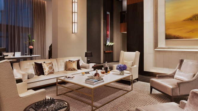 tlxtd-rooms-chairman-suite-living-room-1680-945